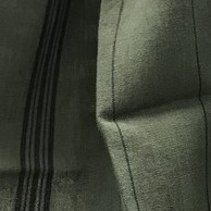 Vert Romarin lignes noires